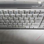 ノートパソコンのキーボードを交換